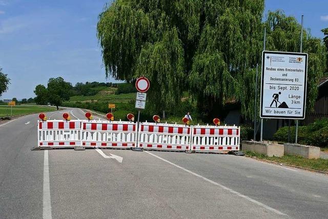 Sperrung der B3 zwischen Hügelheim und Seefelden sorgt für Verkehrschaos