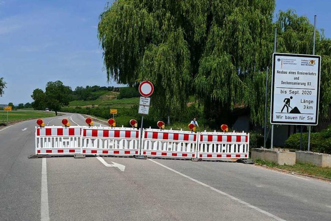 Will man vom Süden kommend auf der B3 ...et die Fahrt am Ortsausgang Hügelheim.  | Foto: Sophia Hesser
