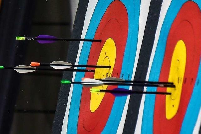 Privilegiert und doch gefesselt: Bogensportfreunde Dreiländereck trainieren wieder