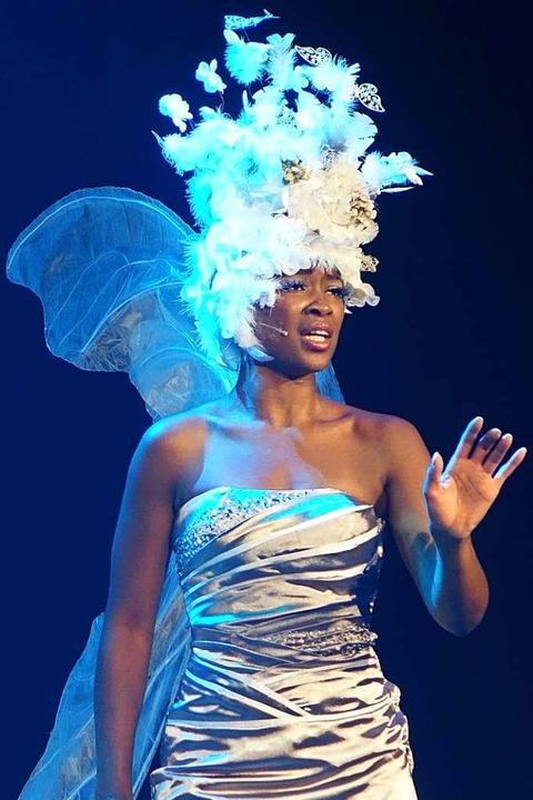 Musicalstar Isata Kamera spielt im Mus...oll erst im Oktober aufgeführt werden.  | Foto: Roswitha Frey
