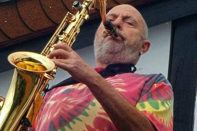 Wegen Beschwerden hat ein Seelbacher aufgehört, Musik vom Balkon zu machen