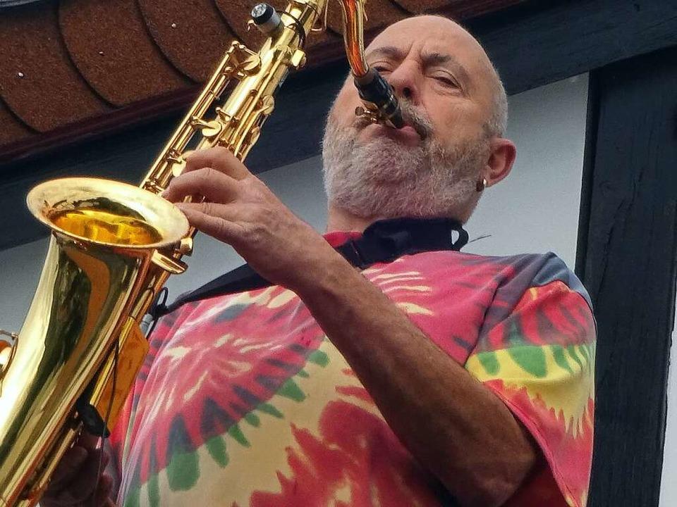 Herbie Wickertsheim spielt Saxofon.  | Foto: Privat