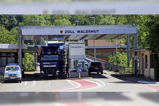 Drei Grenzgänger berichten über ihren Arbeitsweg in die Schweiz