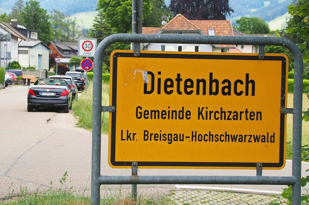 Im  Dietenbach beklagen die Anwohner e...eiten beim Verkehr durch den Ortsteil.  | Foto: Markus Donner