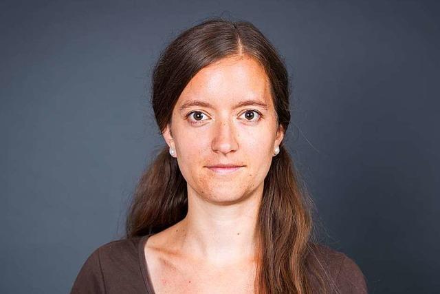 URTEILSPLATZ: Gespräche beim Gießen