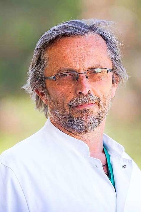 Jan Jürgens ist Oberarzt der Frauenhei...in der Helios Klinik Titisee-Neustadt.  | Foto: privat