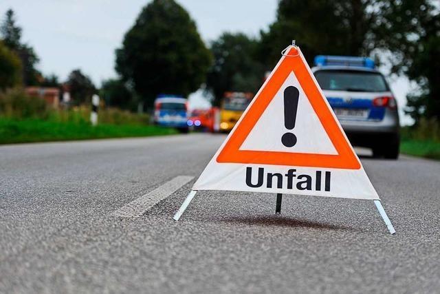 B3 nach Unfall bei Kenzingen gesperrt