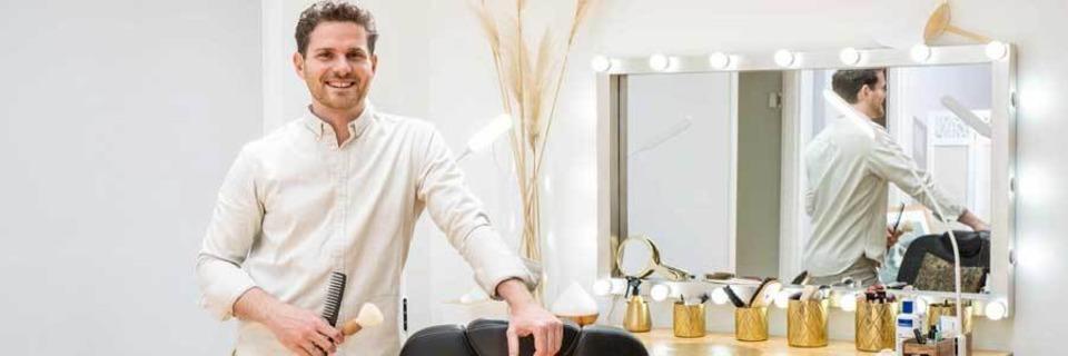 Gründen in der Krise: Nicolay Lißner hat sich als Make-Up-Artist selbstständig gemacht
