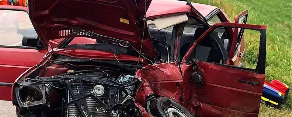Eine Person stirbt nach Unfall auf der B3 bei Kenzingen