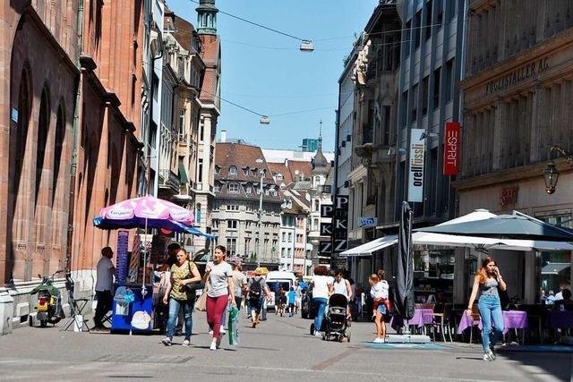Basel kehrt zu einer Normalität unter Vorbehalt zurück