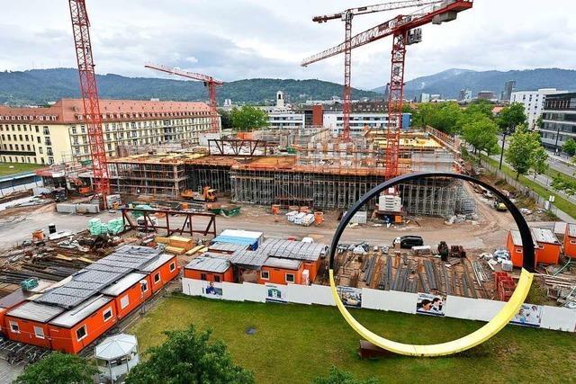 Bau der Freiburger Kinderklinik ist ein halbes Jahr in Verzug