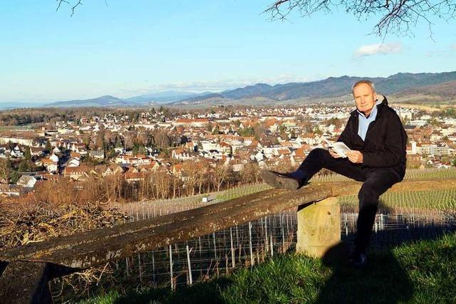 Autor Wolfgang Abel zeigt in seinem Buch Schätze des Markgräflerlands