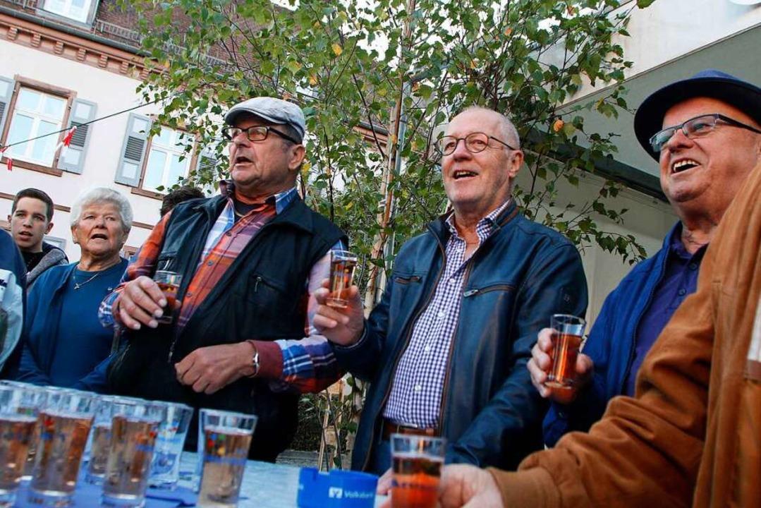 Gute Stimmung herrschte noch beim Bürgerfest 2019 rund ums Friesenheimer Rathaus  | Foto: Heidi Fößel