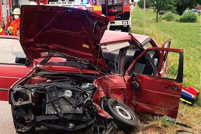 Beifahrerin erliegt ihren Verletzungen nach Unfall auf der B3