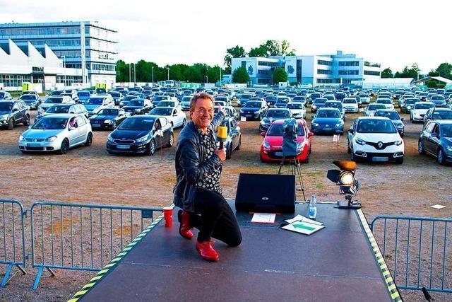 Erstes Autocomedy-Festival auf dem Festplatz Tutti-Kiesi