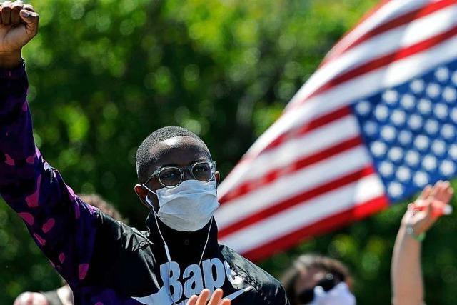 Erste US-Bundesstaaten verbieten der Polizei den Würgegriff