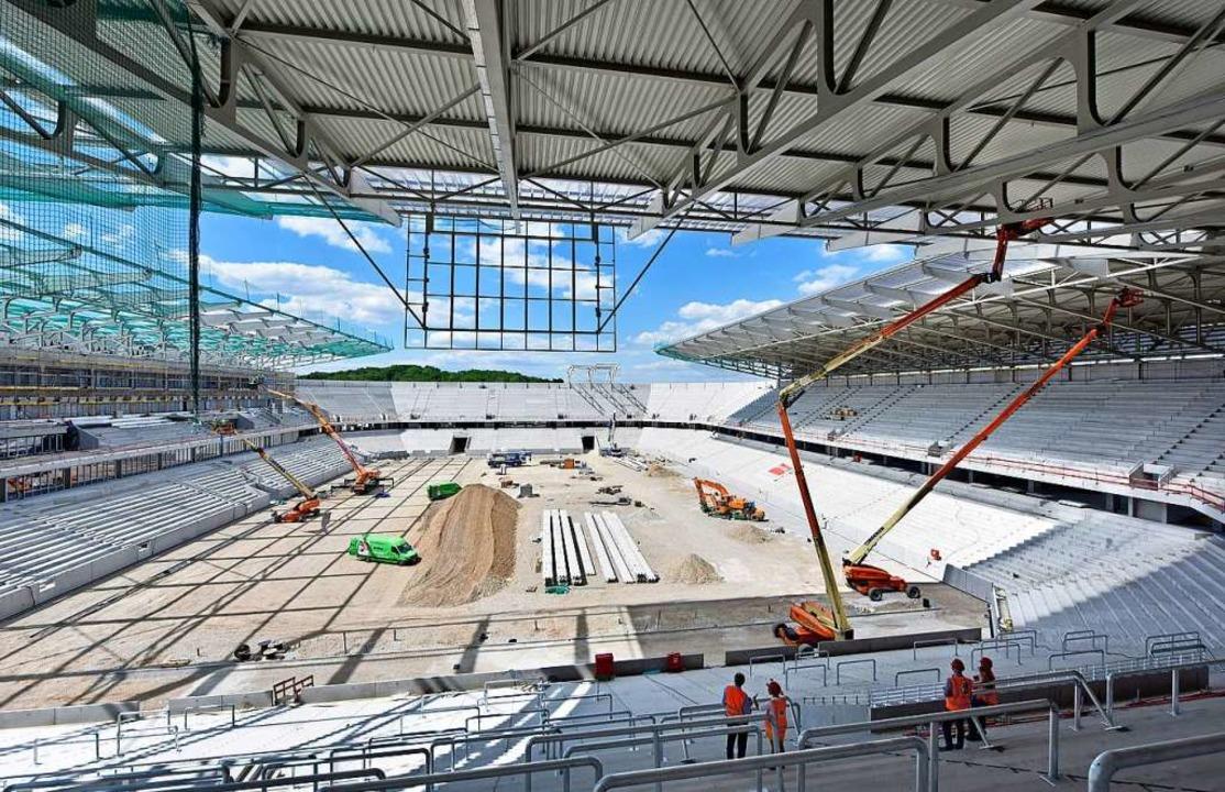 Das neue Stadion soll die Zukunft sich... Verein wie den Sportclub unabdingbar.  | Foto: Michael Bamberger
