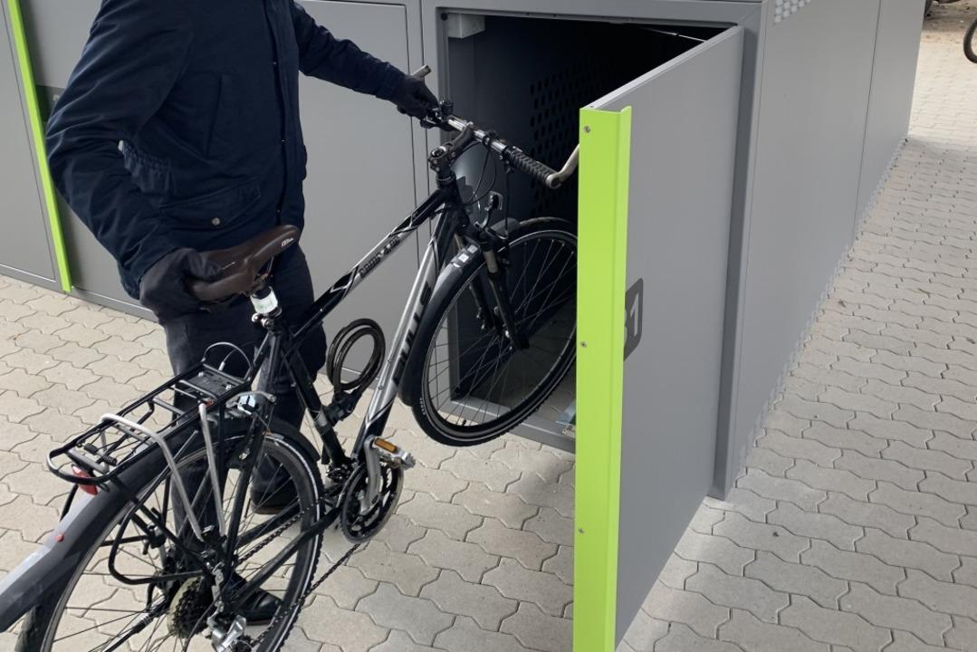 Eine Fahrradbox in Offenburg    Foto: Helmut Seller