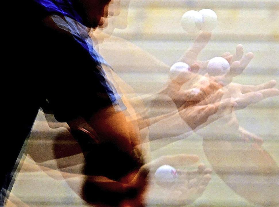 Zu viele Bälle im Spiel: Nach den Hall...uspieler/Spieler) ist jedoch möglich.   | Foto: Patrick Seeger