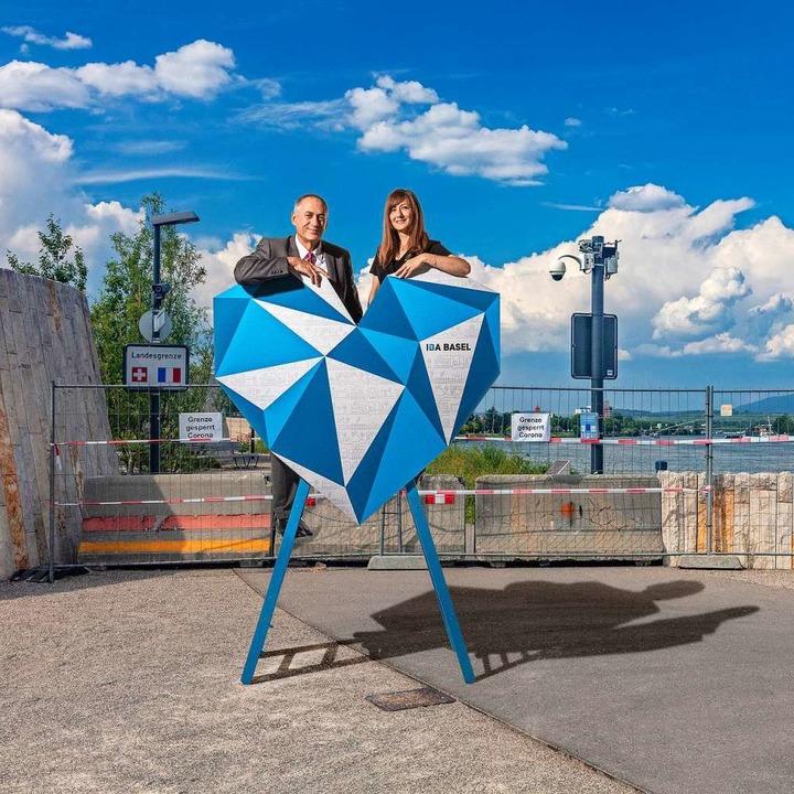 IBA-Geschäftsführerin Monica Linder-Gu...m Rheinuferweg für die IBA Basel 2020.  | Foto: Martin Friedli