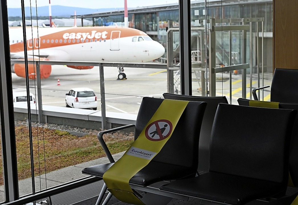 Auch dort, wo Passagiere sonst auf ihr...warten, herrscht am Euroairport Leere.  | Foto: Jonas Hirt