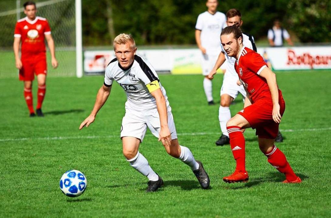 Florian Karl zählt zu den Leistungsträgern in Altdorf.  | Foto: Peter Aukthun-Goermer