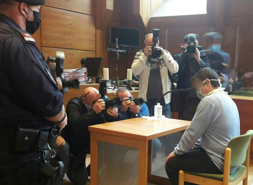 Catalin C. vor Gericht in Innsbruck    Foto: Brigitte Forster (dpa)