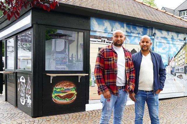 Am Schillerplatz-Imbiss in Müllheim gibt es bald Burger statt Currywurst