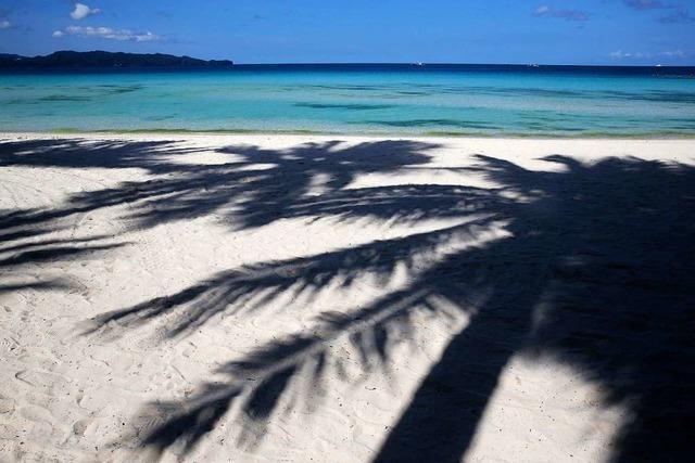 Was bedeutet die Lockerung der Reisewarnung für Urlauber?