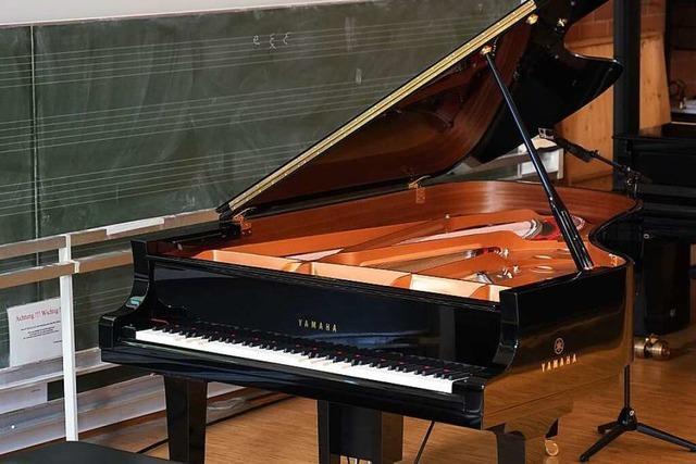 Musikhochschule Freiburg prüft Studienbewerber an ferngesteuertem Klavier