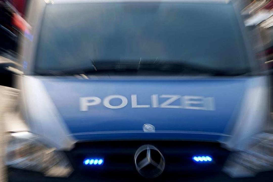 Polizeieinsatz in der Emmendinger Merk-Galerie  | Foto: Carsten Rehder (dpa)