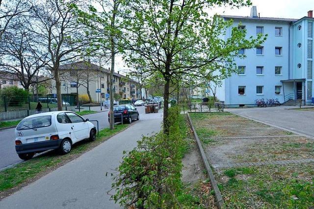 46-Jähriger in Freiburg-Haslach mit unbekanntem Gegenstand verletzt