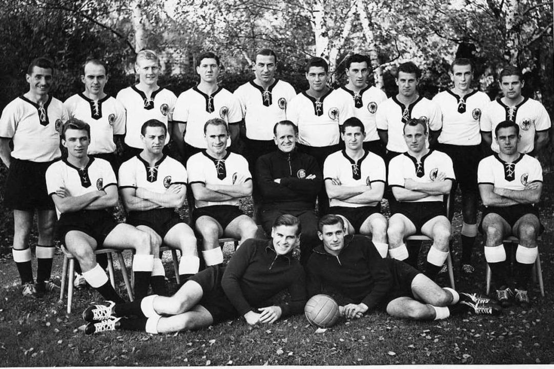 Das deutsche WM-Team von 1958: Hans Cieslarczyk ist Fünfter von rechts, stehend    Foto: unbekannt