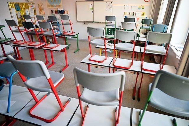 Eltern aus der Region Freiburg fordern komplette Öffnung der Schulen