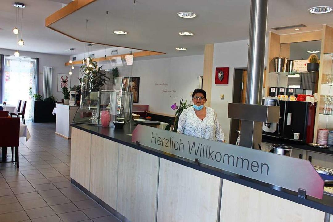 Die Gastronomen, wie hier Elisabeth Ih...en Absagen im weiteren Jahresverlauf.   | Foto: Bernd Fackler