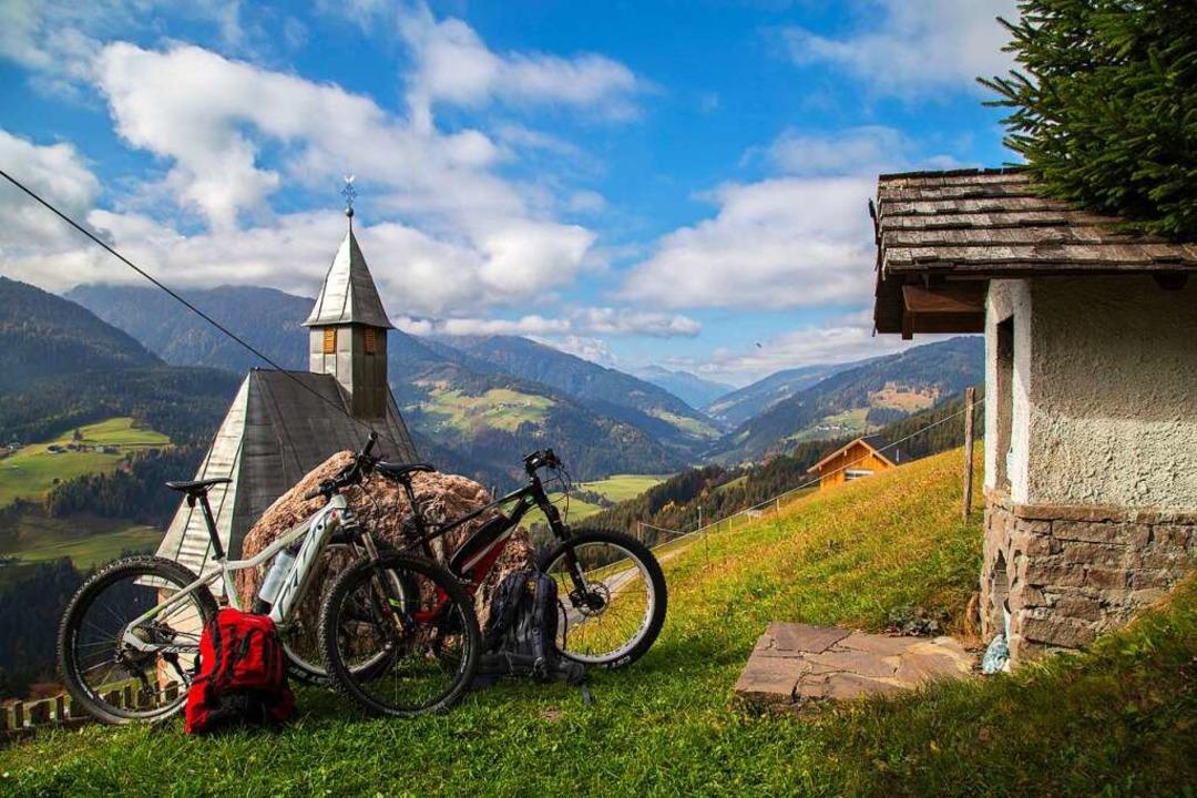 Das Lesachtal in Kärnten lädt zu Ausflügen mit dem Mountainbike.  | Foto: Anita Arneitz (dpa)