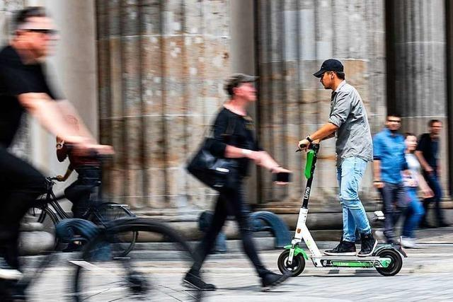 Seit einem Jahr rollen E-Scooter über Deutschlands Straßen