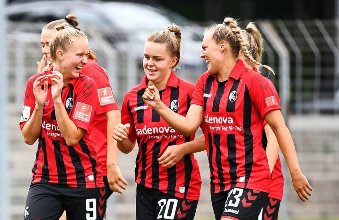 Dritter Heimsieg im dritten Heimspiel: die SC-Frauen    Foto: Achim Keller/SCFreiburg/POOL