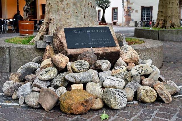 Freiburg ist eine bunte Stadt mit braunen Flecken – das zeigt die Verwüstung des Anti-Rassismus-Mahnmals