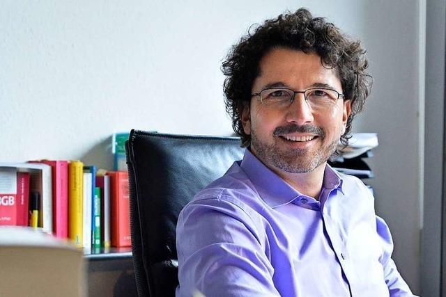 Der Freiburger Rechtsanwalt Sascha Berst-Frediani hat einen Sieg im Hüftprothesenskandal errungen