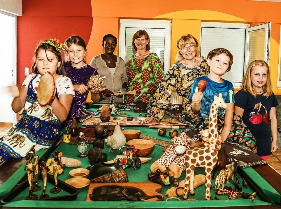 Afrika war vor einem Thema einer Bastelgruppe im Ferienprogramm Mahlberg.  | Foto: Sandra Decoux-Kone