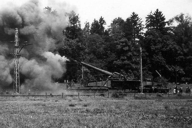 Die Wehrmacht setzte in Steinen ein Eisenbahngeschütz ein, das Frankreich unter Beschuss nahm
