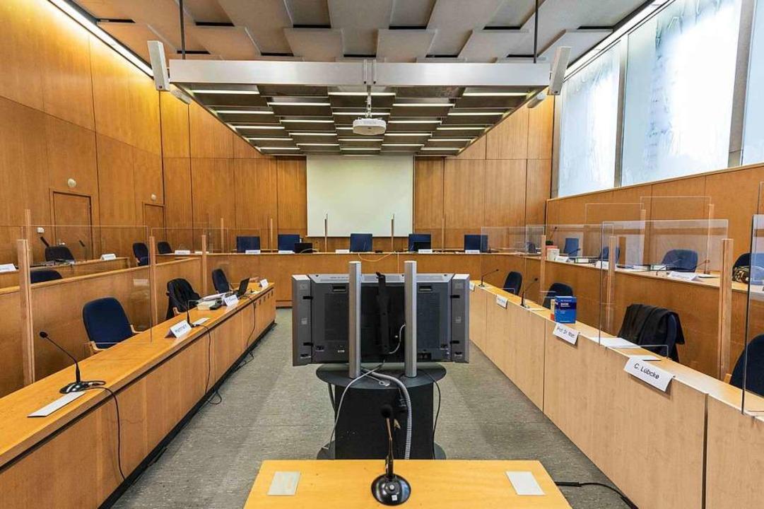 Der Gerichtssaal in Frankfurt.  | Foto: THOMAS LOHNES (AFP)