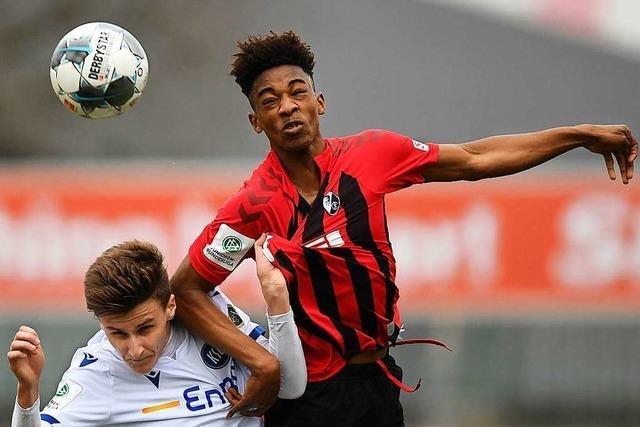 Die Fußballschule des SC Freiburg steigt erst langsam wieder ein
