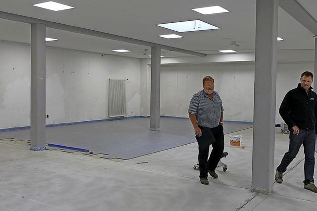 Foyer der Stadthalle wird komplett neu gefliest