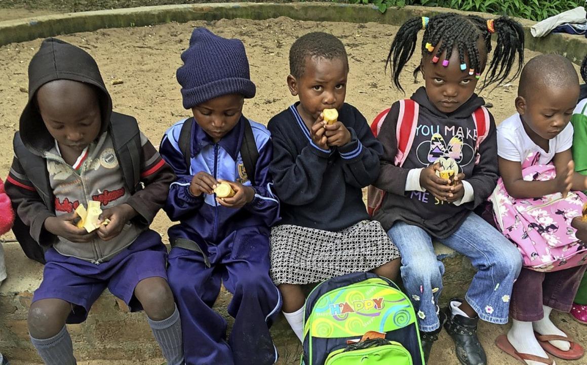Das tägliche kostenlose Schulessen für...emie derzeit nicht ausgegeben werden.   | Foto: Rosi Giese