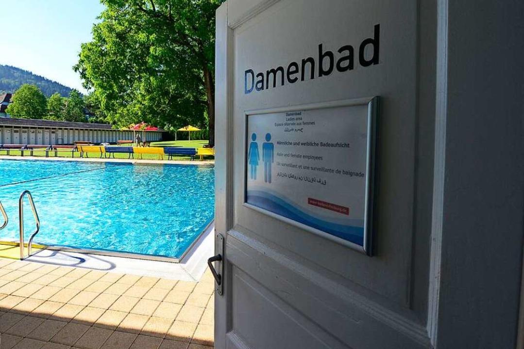 Das Damenbad bleibt diesen Sommer gesc...wie das ganze Lorettobad (Archivbild).  | Foto: Ingo Schneider