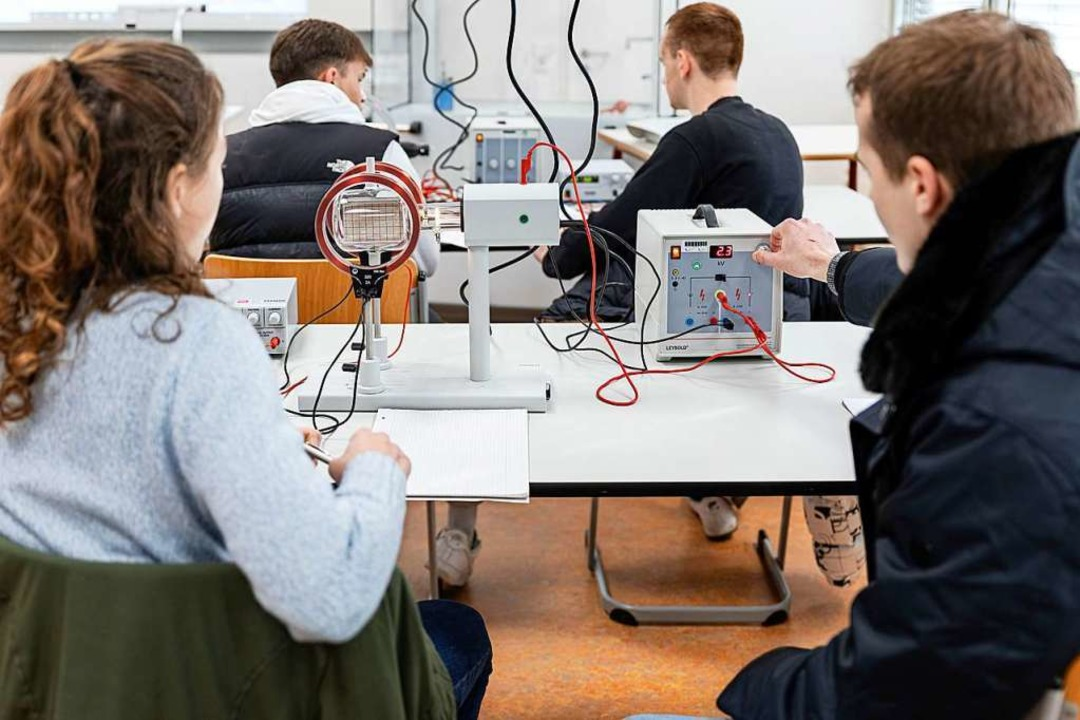 Praxisnah ist der Unterricht an der Ge...h freie Plätze im Profil Umwelttechnik  | Foto: Gewerbeschule Rheinfelden