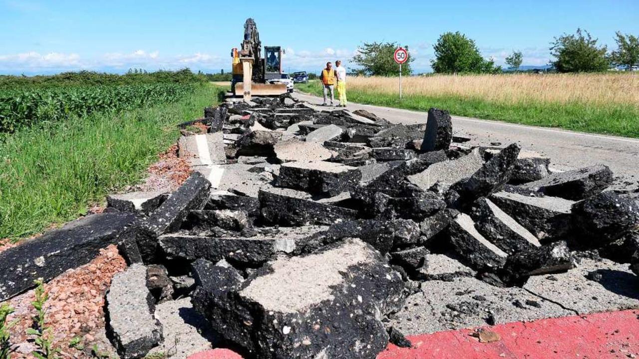 Der Abriss der bisherigen kleinen Verbindungsstraße hat bereits begonnen  | Foto: Hans-Peter Müller