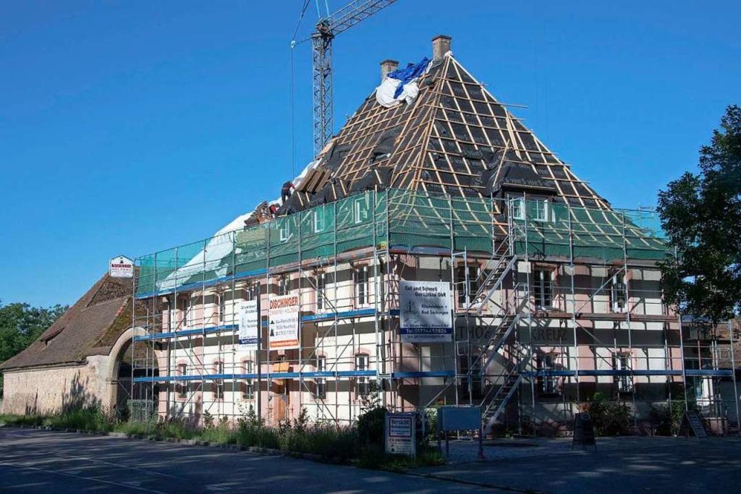 Das historische Gasthaus Kreuz an der ...en dort Büros und Wohnungen entstehen.  | Foto: Volker Münch